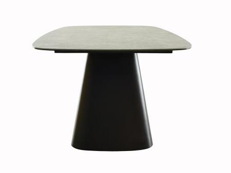 megan table