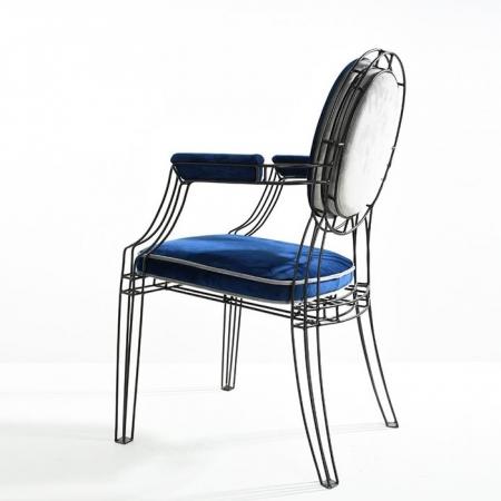 seagull arm chair