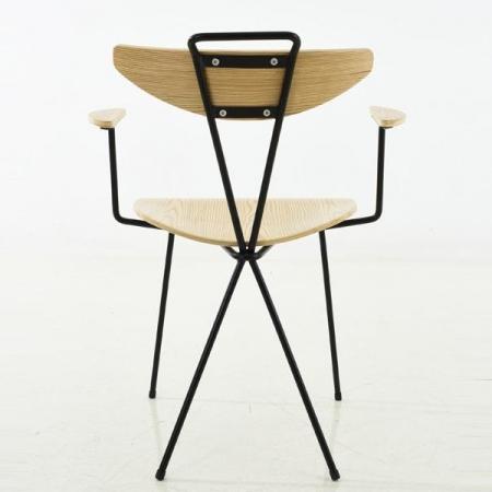 mantis arm chair